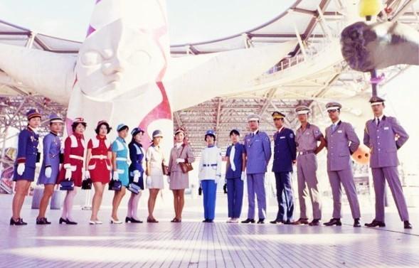 1970年 大阪万博のスタッフの制服はかっこいいですか??