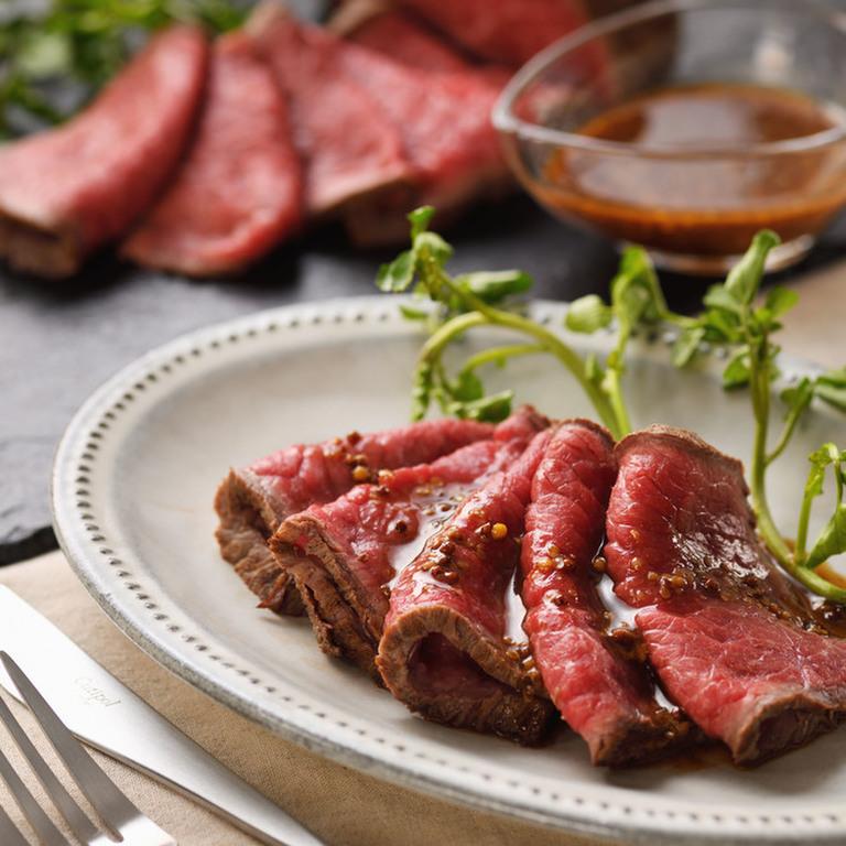 ローストビーフはご飯と一緒に食べますか?