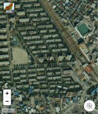 埼玉県上福岡市(現ふじみ野市)の霞ヶ丘団地の上空写真(1988〜1990)を見ていたらこのような扇形の土地を見つけたのですが、どのような用途に使われていたかご存じの方いたら教えてください。