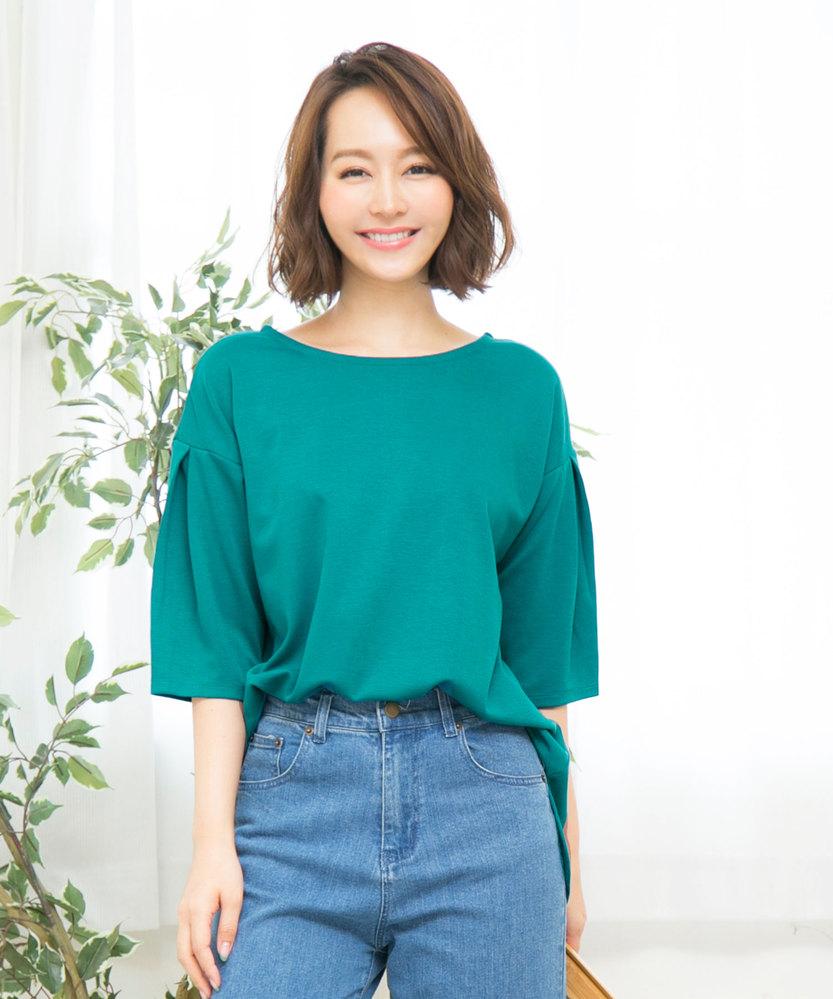 このモデルさんのお名前を教えてください。 神戸レタスなど通販サイトでよく見かけるモデルさんなのですが、調べても中々お名前が出てきません(;_;) ご存知の方いらっしゃいましたら教えてください。 よろしくお願いします。