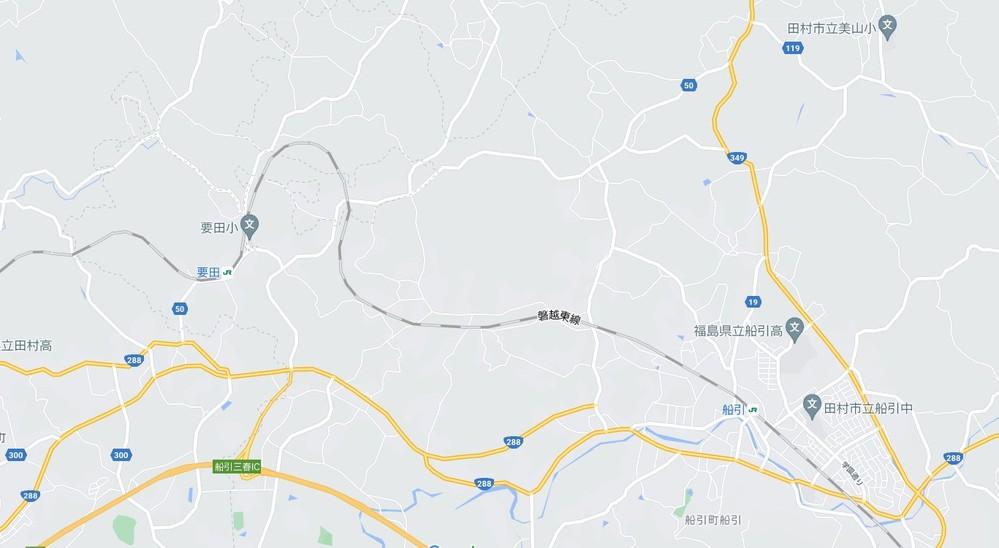 JR東日本 磐越東線の要田駅から船引駅の間ですが、 要田駅を船引駅方面に出発すると直ぐに減ピンカーブ並みの急なカーブが続く路線となっています。 そのカーブの途中に駅がある訳でも無いですし、地形的に山や川を避けてそのような形になったとは考えにくいです。 何方か、何故このような形の線路の路線になったのか、経緯等を御存知の方はいらっしゃいませんか?