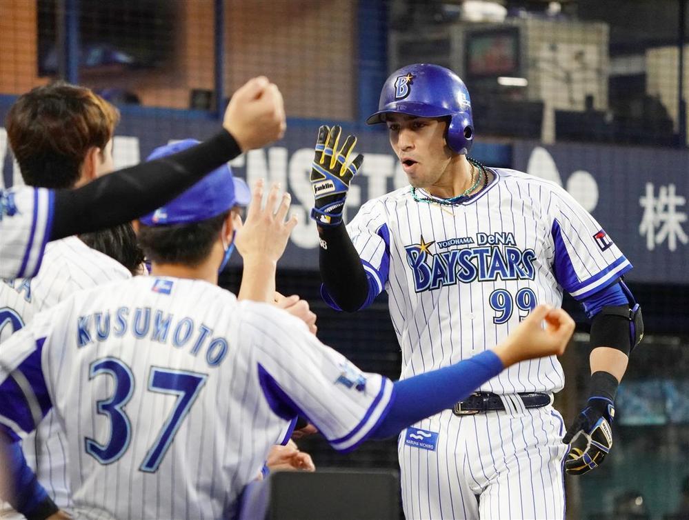 もし横浜ベイスターズが優勝したら リーグの最下位チームが交流戦優勝は初ですか? パリーグ相手にこれだけ勝ち越せるのはやはり自力はあるということでしょうか?