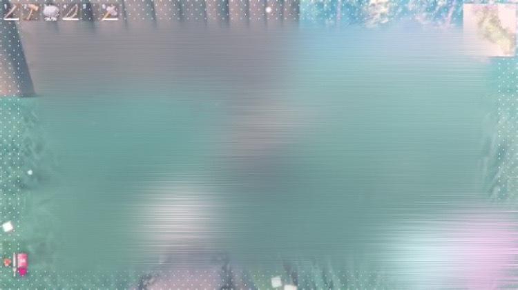 LINEカメラについての質問です 加工の際に使っている画像の白いてんてんの枠が前まで使えたはずなのに突然その枠が枠の選択欄から無くなっていました どうすればまた使えるようになりますか、、? 宜しければ教えて下さると幸いです