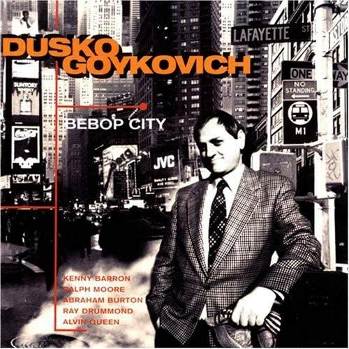 90年代洋楽ジャズのオススメ盤を教えてください! ちなみにビバップやハードバップが好きで、フュージョンは苦手です。 最近はダスコ・ゴイコヴィッチの『ビバップ・シティ』(1995)が好きで、よく...
