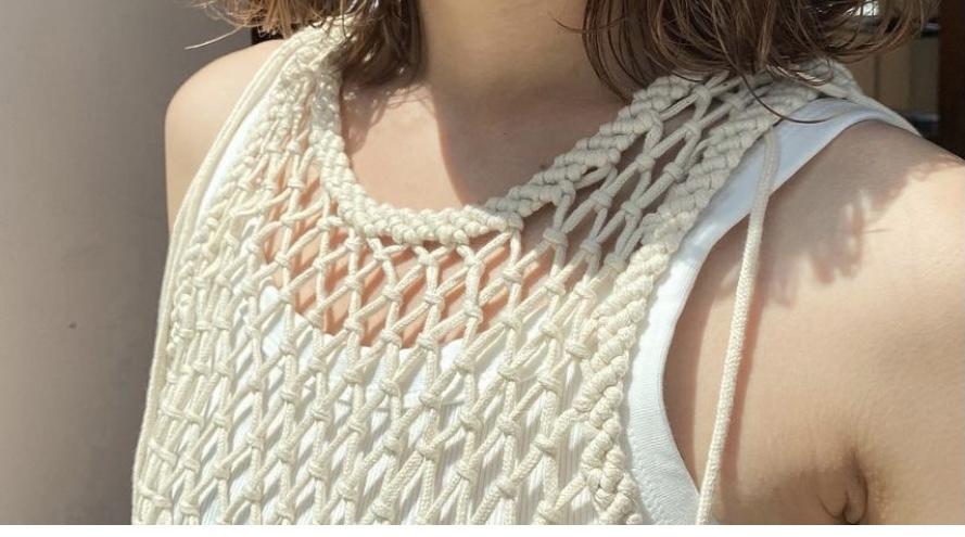このメッシュ?のお洋服のブランドわかる方いらっしゃいませんか?ネットで探していますが見つかりません。