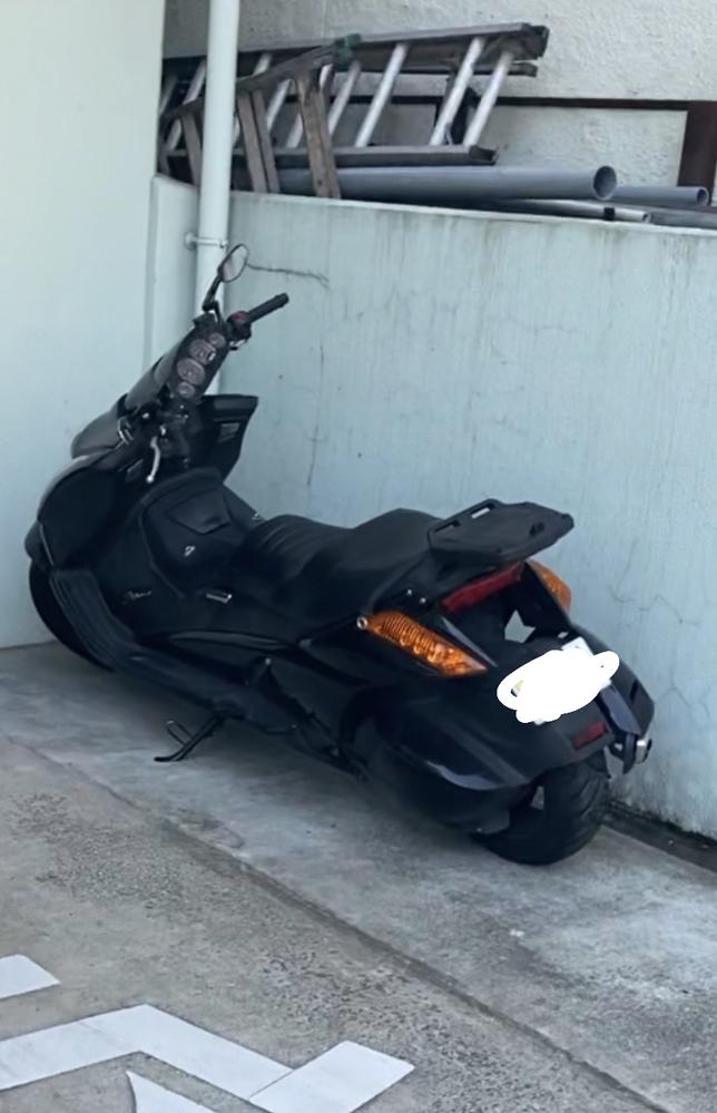 このバイクの車名を教えてください。