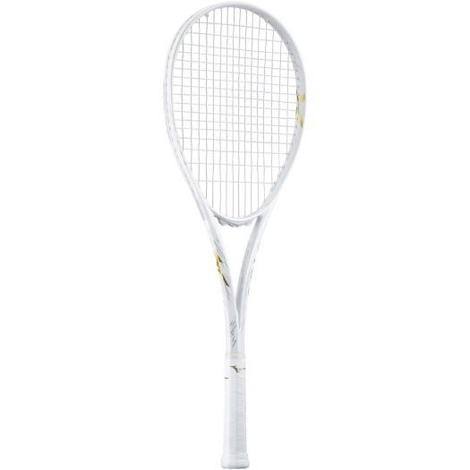 こちらのラケットはガットとグリップは、どの色が似合うでしょうか? ちなみに、自分は薄めのガットの色だと思ってます。