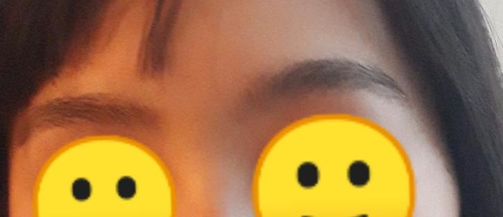 これ、眉毛どっちに揃えた方がいいですか?左右非対称なのが嫌です。また、剃ったと学校にバレにくい処理方法など教えてください。