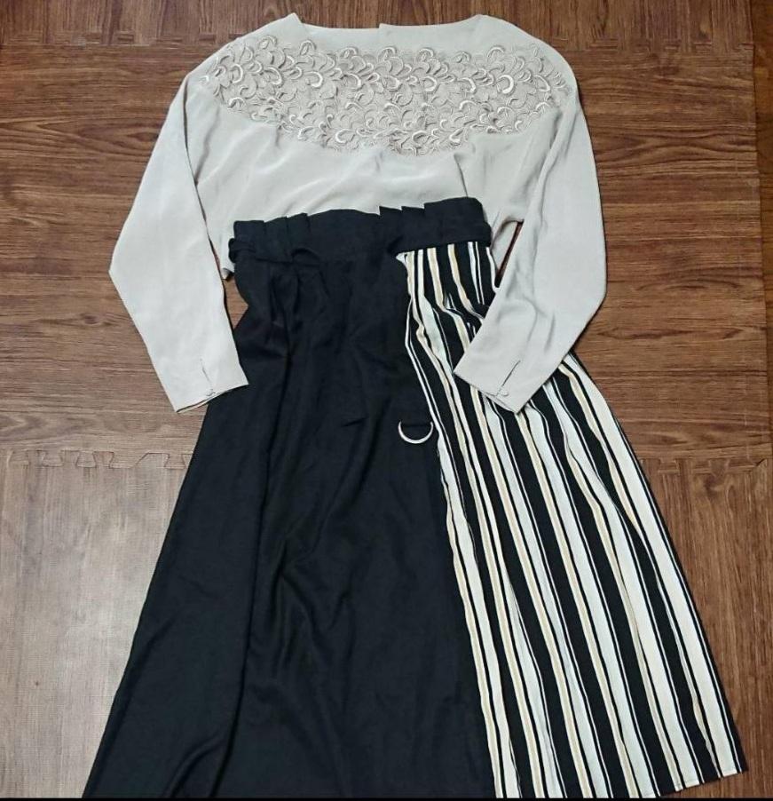下のストライプ柄のスカートに合うトップスは?夏用をさがしてます