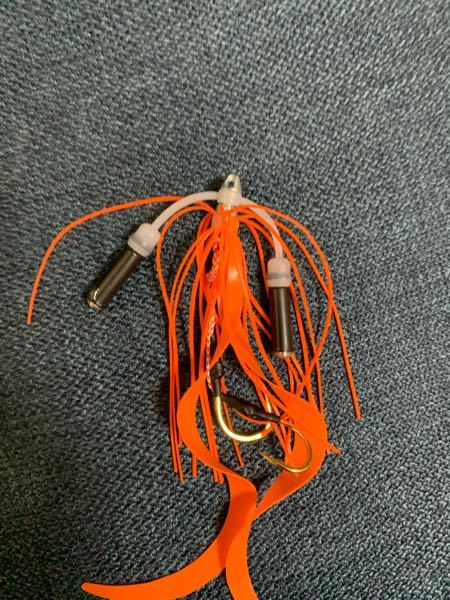 タイラバの仕掛けで、こういうやつはどう結びますか? 普通のやつはリーダーと紐をそのまま結ぶのは分かります…
