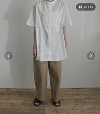 ピンタックブラウスって今年限りの流行ですか?可愛くて欲しいと思っているんですが 何年も使える服しか買いたくないので…