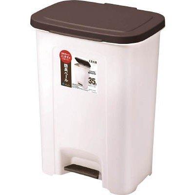 35Lのゴミ箱に使うゴミ袋について 45L用のごみ箱では大きく、こちらの35Lのごみ箱がサイズもちょうど良いので購入したいです。そこでゴミ袋の件で質問です。 調べるとネットでは売ってる所もあるようですが、35L用のごみ袋ってあまり市販されてないですよね?(一般的なゴミ袋のサイズ表では35Lは記載なし) 普通のスーパーや100均等で日常的に手に入らないと困るので、そうすると30L用では小さいので結局45L用の袋を買うはめになるんでしょうか? そうしたらガバガバの状態で設置することになりますよね? ゴミ袋の販売状況によっては、ごみ箱のサイズを30Lか45Lに検討し直そうかと思っています。 アマゾンで30L~35L用などと販売している商品もあるようですが、ごみ箱買うのは最初の1回ですが、そのせいで毎回ゴミ袋が通販のみであったり手軽に手に入らなくて煩わしくなるなら止めといた方がいいでしょうか? 数百枚~1000枚とか大量に注文しストックする方法もありますが、ずっとこのごみ箱使うか分からないのと保存が邪魔なので大量ストックは避けたいです。 ご意見宜しくお願い致します。