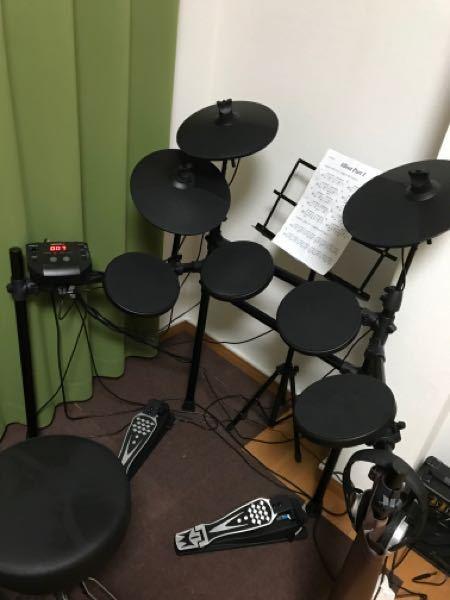 ドラム初心者です。電子ドラムを買ったんですが、スネアなどの位置は合ってるか教えてください。「も...