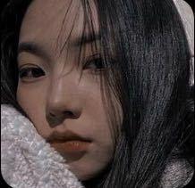 この方は誰ですか? おそらく、韓国のアイドルの方だと思うのですが