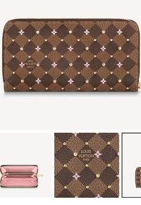 ルイヴィトンの財布について。写真のようなタイプは長年利用する場合、花のプリント部分はやはり薄れたり削れたりしますか?