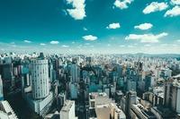 ポルトガル人が南米の都市に住むとしたら、やはりポルトガル語が通じるブラジルの都市が一番住みやすいのでしょうか?