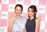 浅田真央さんと浅田舞さんは、美人姉妹ですね。 どちらかと言えば浅田真央さんが美人ですが、浅田舞さんも美人です。  芸能人のことはよく知らないのですが、芸能界にもこのような美人姉妹がいますか?