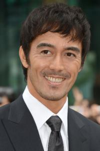 http://abehiroshi.la.coocan.jp/ 阿部寛さんのホームページはなぜ人気なんですか?