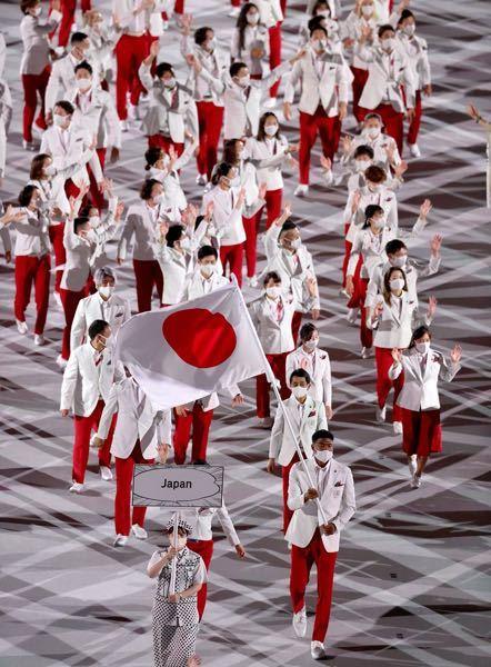 オリンピックの入場で、「ジャポン」「ジャパン」「にほん」って言ってましたよね? 正式には「にっぽん」だと認識してたんですが、お詳しい方、ご教示下さい