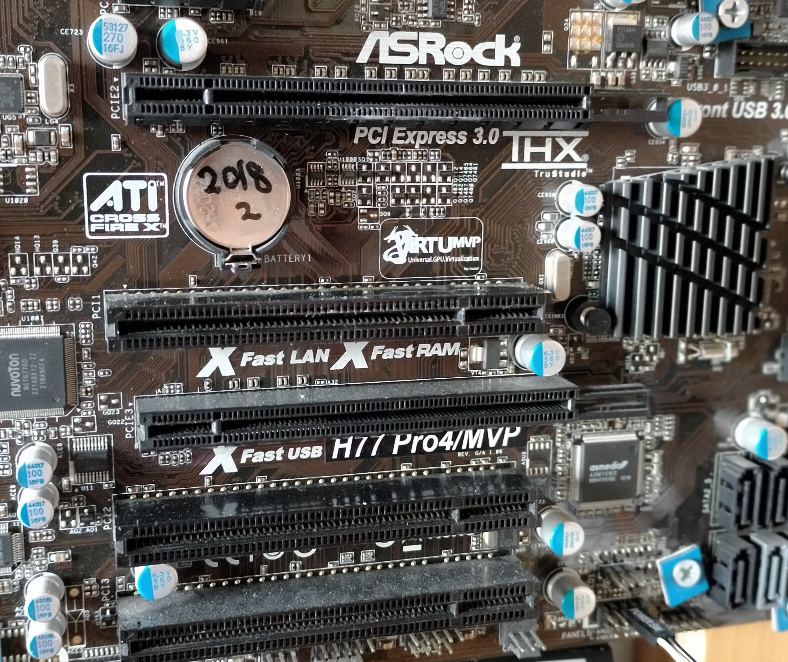 3世代 i7 メインメモリ4GB☓4枚。 光学ドライブに問題はないと思うがレンタルDVDやISO再生がスムーズではないと思う。 人生初のグラボを検討してます。 PCI 1というところにグラボを挿したらいいのですよね? Amazonで数千円で売ってるこんなのでいいのでしょうか? ゲームはしないし。 GeForce GT 710 グラフィックスカード メモリ2GBモデル GT 710 2GD3H LP