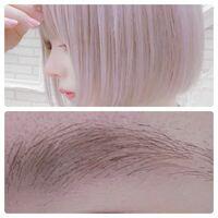 これくらいの明るい髪色にしたいのですが、眉毛はどうすればいいですか?