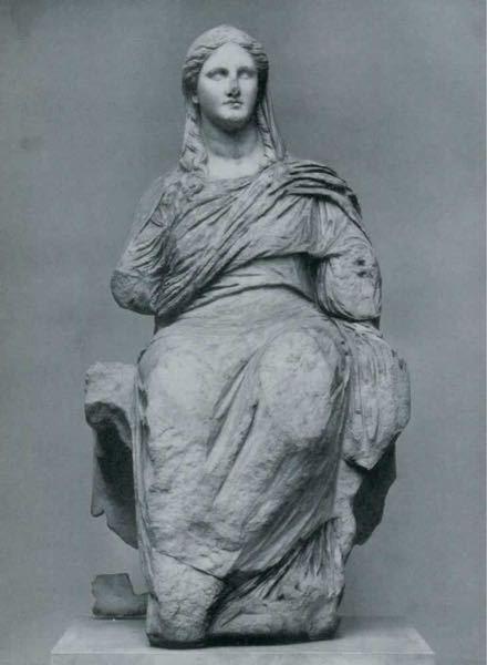 今、ギリシャ神話を読んでいるのですが、ちょこちょこ出てくる神の彫刻の画像では腕が途中から無かったり、足が無いものが多いです。なぜこのようなデザインというか形のものが多いのですか?分かる人教えてください 。