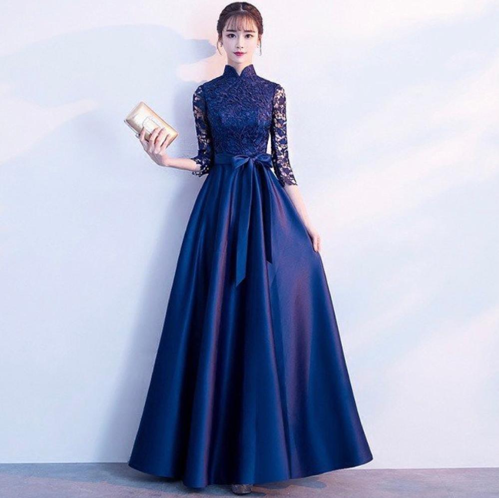 このドレスを作りたいと思っています。 ①このドレスの特徴(製作中に検索するためのワードにしたい)をご解説いただけませんか? ②製作方法などのおすすめのサイトのリンクをおしえていただけませんか? よろしくお願いいたします。
