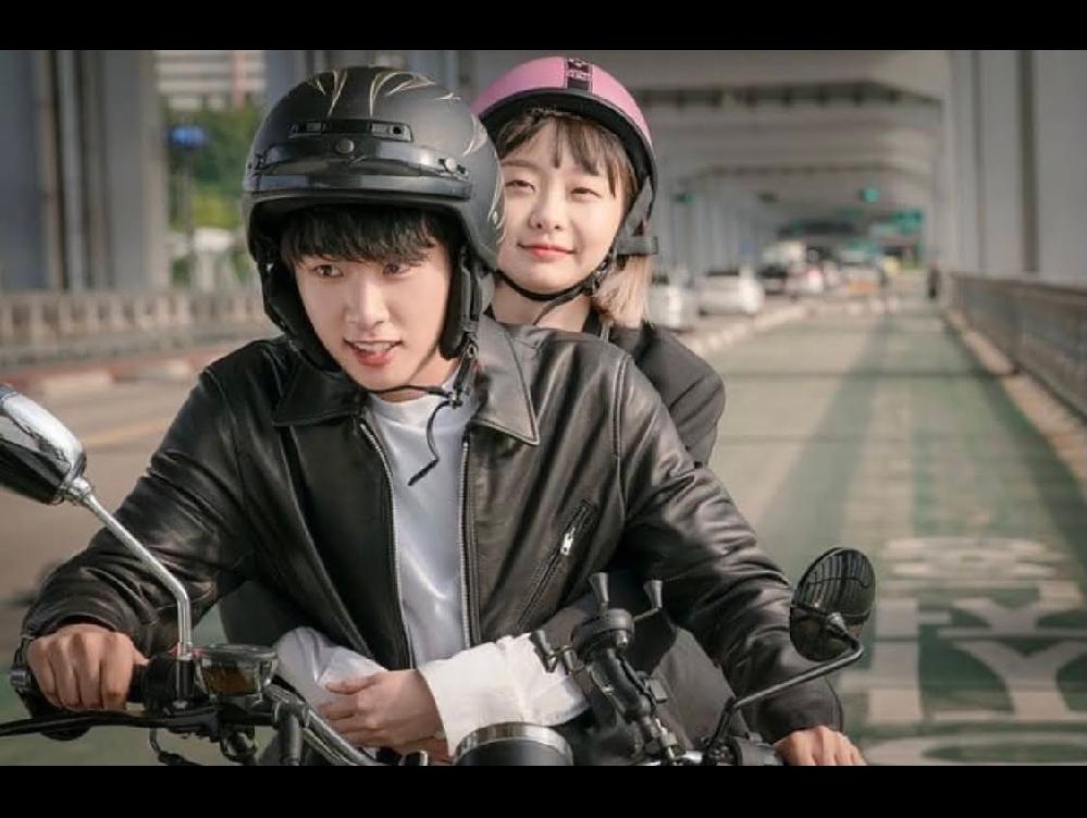 梨泰院クラスでドンヒくんとダミちゃんがバイクに乗って橋を走っているシーンがあると思うんですが、走っているこの橋の名前なんて言うか分かりますか?? 他に韓ドラにもたくさんでてると思うのですが分からなくて…。 韓国ドラマ 韓ドラ 韓国 梨泰院クラス 橋