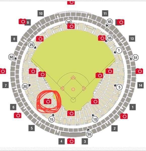 今度京セラドームにビジターチームの応援に 行くのですが、画像の赤丸で囲っている席あたりは ビジターチームのファンの方が多いでしょうか??