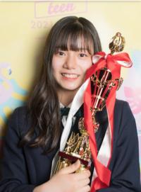 日本一の中学生みたいですが、確かに可愛いですが、日本一は流石に言い過ぎですよね? 歯ならびもあんまりよくないし、、クラス、若しくは学年でなんとか1番可愛いくらいの部類程度とおもわないですか?