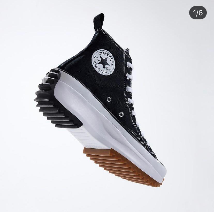 このconverseの靴はどこで買えますか?