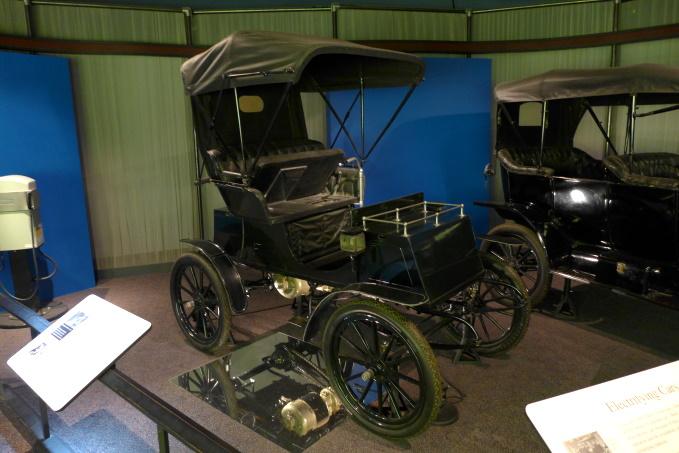 1900年代と現代の電気自動車って全くの別物ですか?