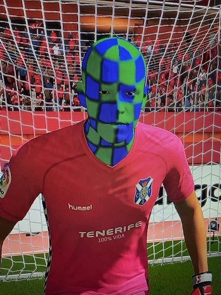 FIFA21でスペイン2部のキーパーの顔がこんなことになっていました。どういうことでしょうか?