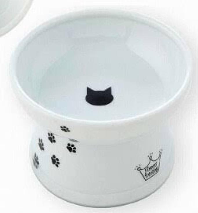 猫用の少し高さがある食器が売っていますが、こういったものはエサの逆流を防ぐんでしょうか? 人間で考えれば高さがないと食べにくいですし、こういう食器が欲しいですが…。 うちの猫はちょっと大きめの魚のほぐし身などはお皿から床にエサを置き直してから食べているので、どうなのかと思いまして…。