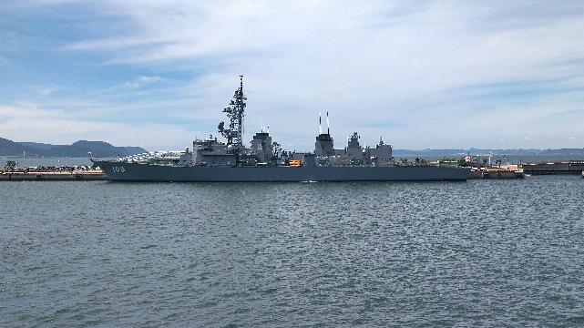 この船の名前を教えてください。高松港にいました。