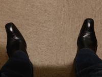 ブーツカットのジーンズとブーツです。 上はロングカーディガン。 アリですか?ナシですか?