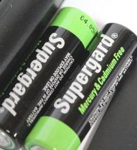 乾電池にアルカリ、マンガン、ニッケルと種類がありますが、写真の電池は何電池になりますか? 単4電池でブランド名はスーパーガードと書いてあります。全て英語で記載ですが、水銀とカドミウムはフリーというのは分かりました。