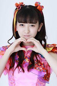 ももいろクローバーZの佐々木彩夏と、この娘、超ときめき♡宣伝部の小泉遥香では、どちらが可愛いですか?