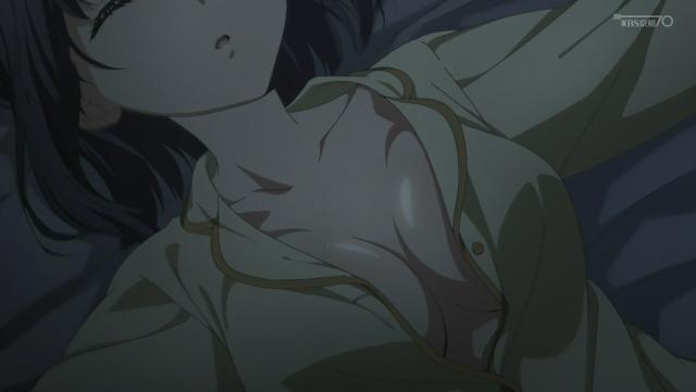 ぼくたちのリメイクのシノアキって寝る時ノーブラなんですか? 男の俺でさえ寝る時ブラジャーつけてるのにだらしなくないですか?