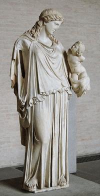 古代ギリシャの、コーカソイド女性の彫刻の鼻がもげているのに、モンゴロイド女子には全く見えません。    どうしてでしょうか?
