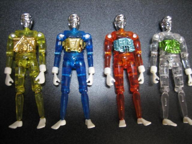 SCP-565 手のひらヒーローズについて質問です この写真の人形は何の人形ですか? なんていうヒーローの玩具なのか知りたいです
