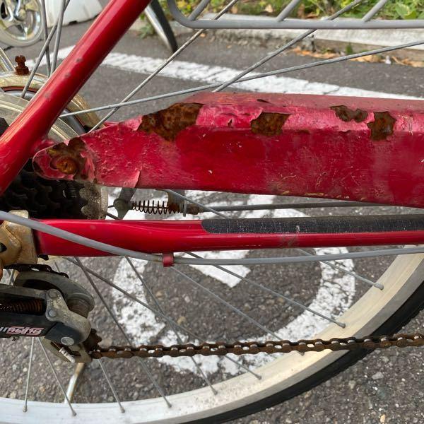 自転車のサビを簡単に取る方法ありますか?? 手首が腱鞘炎持ちであまり力掛けて擦ったりできません。 皆さんでしたら、これは無視して乗りますか?