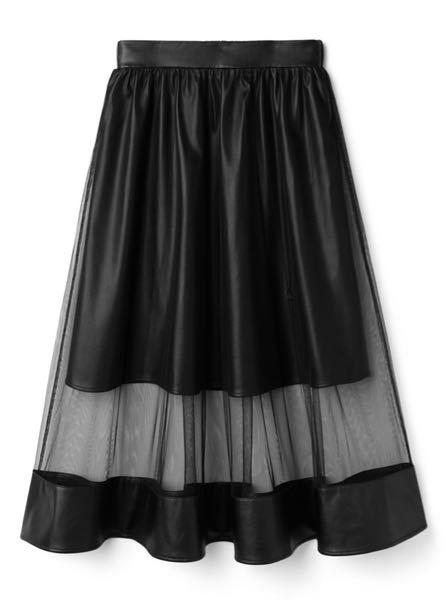 こういうスカートってもう古いですか?
