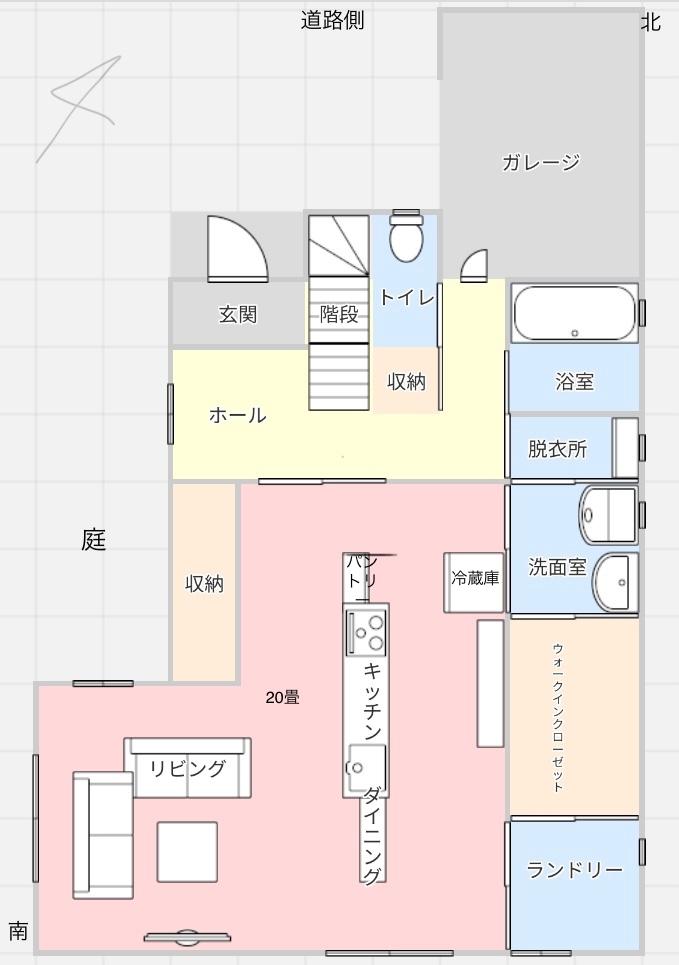 1階のみ、間取り診断お願いします 北西 道路 東南 洗濯物を干すスペース有 南西 庭 浴室→脱衣室→洗面所→ファミリークローゼット→ランドリールームの動線がとても気に入っています。 家の中からガレージに直接行きたい、玄関から階段とトイレが見えるのが嫌な為この様な配置になりました。 間取りでおかしな所、風水で良くないところありましたら教えて欲しいです。