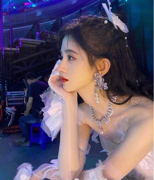 この鼻って整形だと思いますか? 中国の女優さんです。