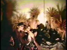 80年代後半日本のへヴィ―メタルは何故エックスだけが生き残ったのですか? ラウドネス VAWVOW アースシェイカー 44マグナム エックスとともにインディーズを盛り上げた、アイオン、デッドエンド、ガスタンク!などは何故ぽしゃったのでしょう。