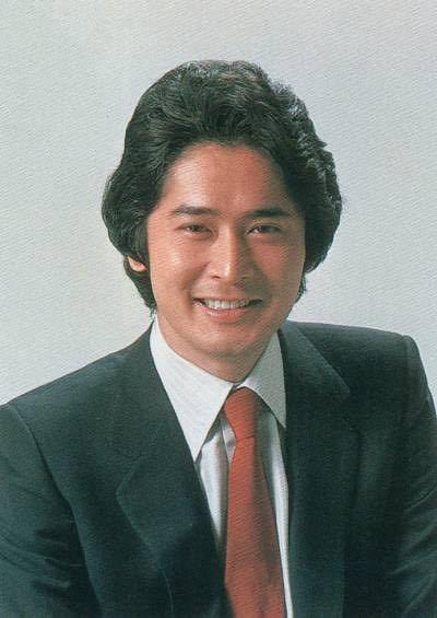 沖雅也さんって面長なんですかね?それとも丸顔なんですかね? いずれにしろ美男子には違いありませんが...
