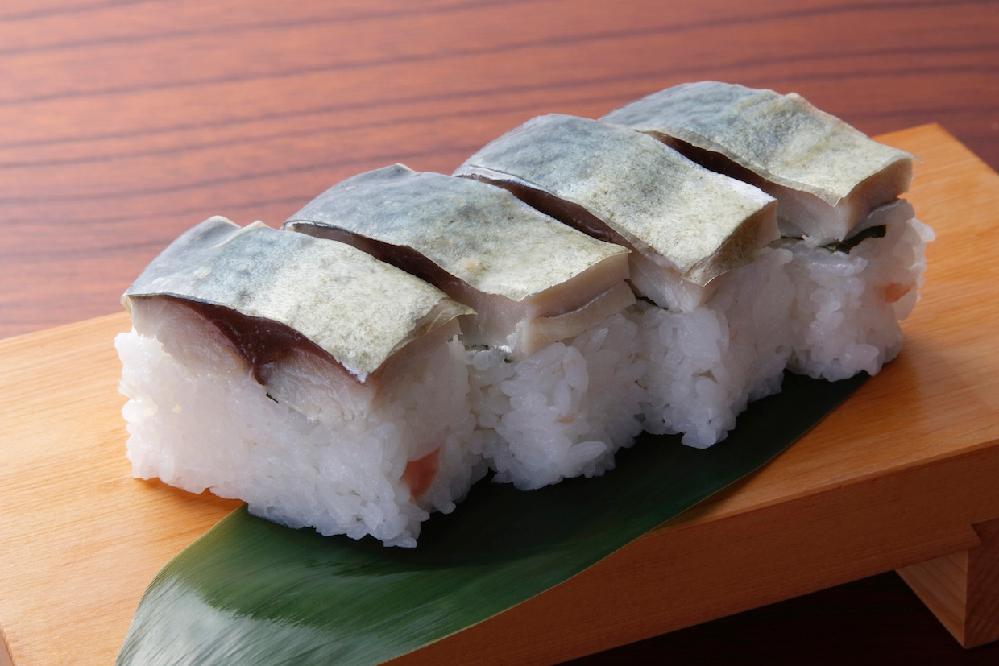 こんにちは 皆さんは バッテラ寿司は好きですか?? 身が分厚くて美味しそう!!
