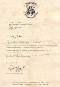 どなたか写真の翻訳をお願いします。  ハリーポッター ホグワーツ魔法魔術学校