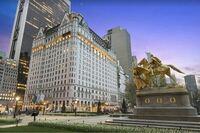 NYCのホテルに詳しい方教えてください。   https://detail.chiebukuro.yahoo.co.jp/qa/question_detail/q12249747912 ↑ こちらに ザ・プラザホテルの説明があります。  >有名なホテルでは、ニューヨークのプラザホテルです。 安いタイプの部屋を予約しましたが、エレベーターからかなり離れた部屋で、部屋が変形の形でした。 つまり、...